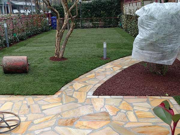 Pavimentazioni esterne parma costi posa autobloccanti - Pavimentazione cortile esterno ...